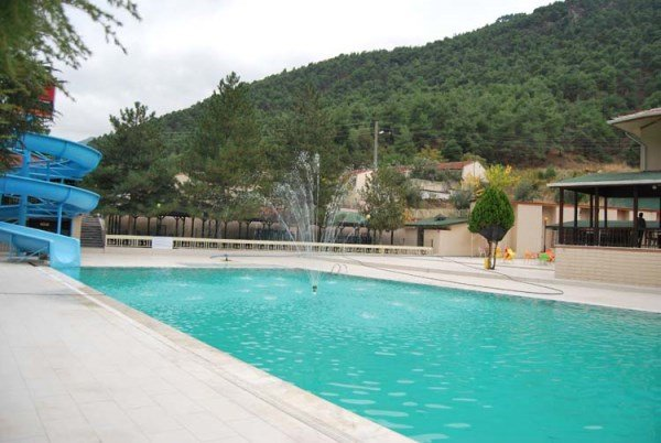 Yıldız Termal Otel Yüzme Havuzu