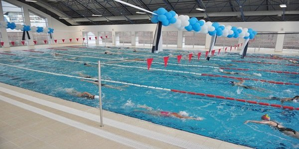 Osmangazi Üniversitesi Yüzme Havuzu